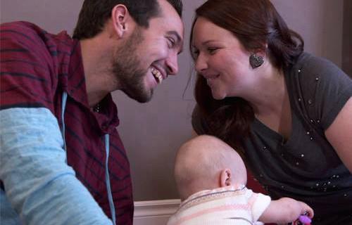 Maxime et Krystel sont les parents d'Olivia et Maélia