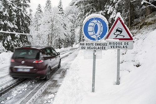 Chaînes à neige obligatoires