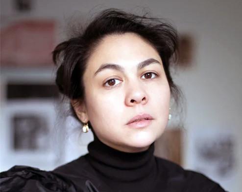 La créatrice de mode Simone Rocha