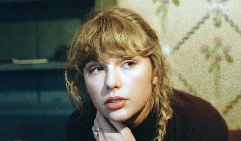 Taylor Swift : la chanteuse annonce son single inédit, You All Over Me !